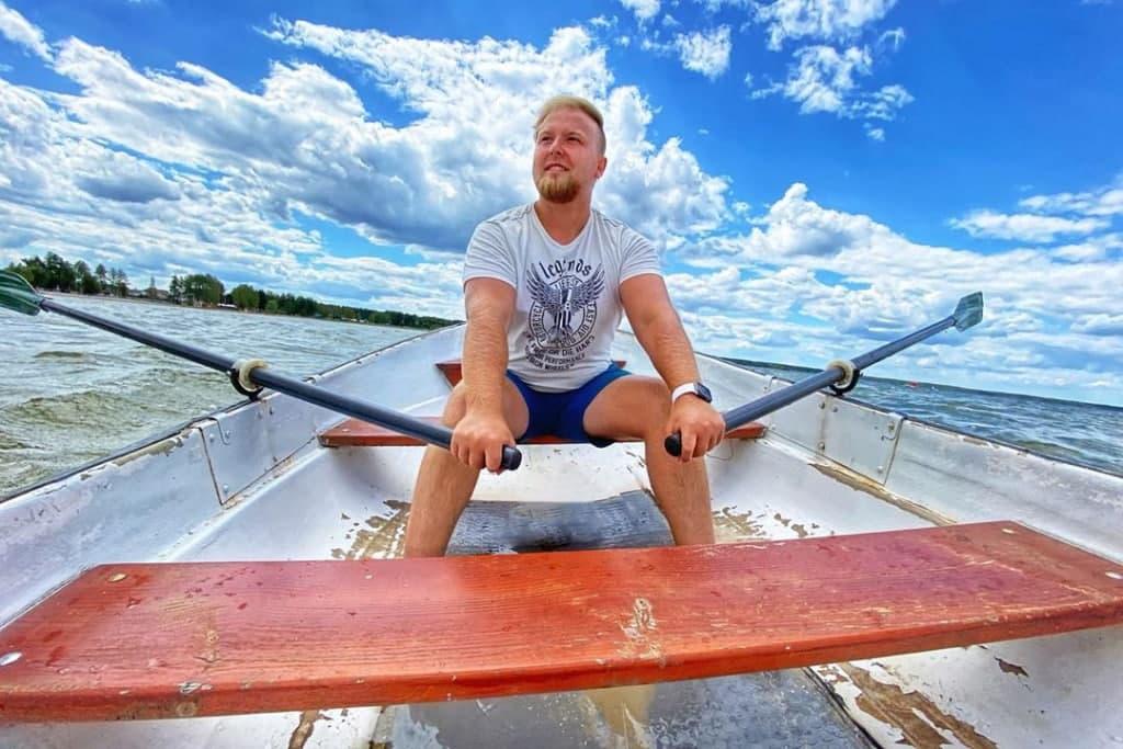 «Вода зашибісь»: тревел-блогери записали відео про Шацькі озера